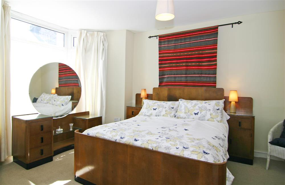(UPDATE - new bedroom furniture from 26th of June 2021, new photos coming Oct 2021). Double bedroom with en-suite which also has access from hallway