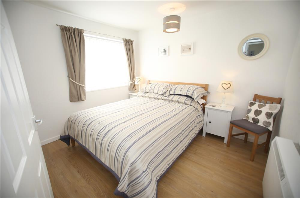 Kingsize bedroom (ground floor)