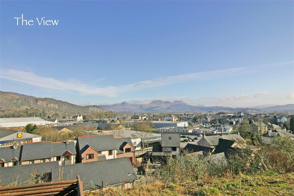 The view overlooking Porthmadog and the stunning Snowdonia skyline in the background