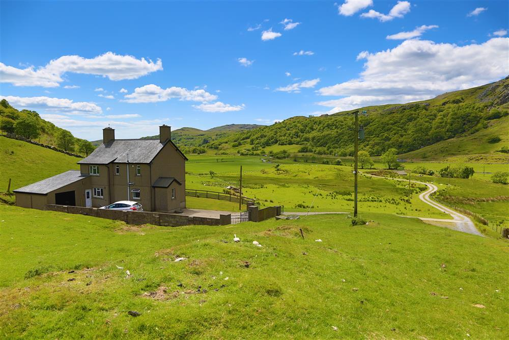 The house is located in the stunning Cwm Pennant valley