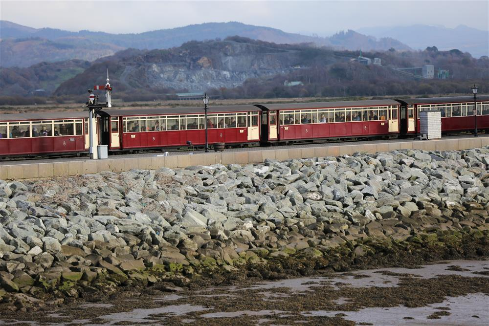 See the Ffestiniog Railway on the cob from the balcony!
