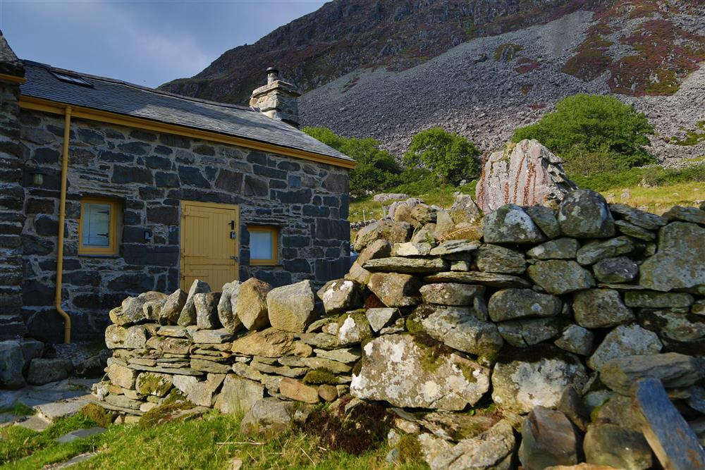 Shepherd's Bothy, Ffestiniog Valley