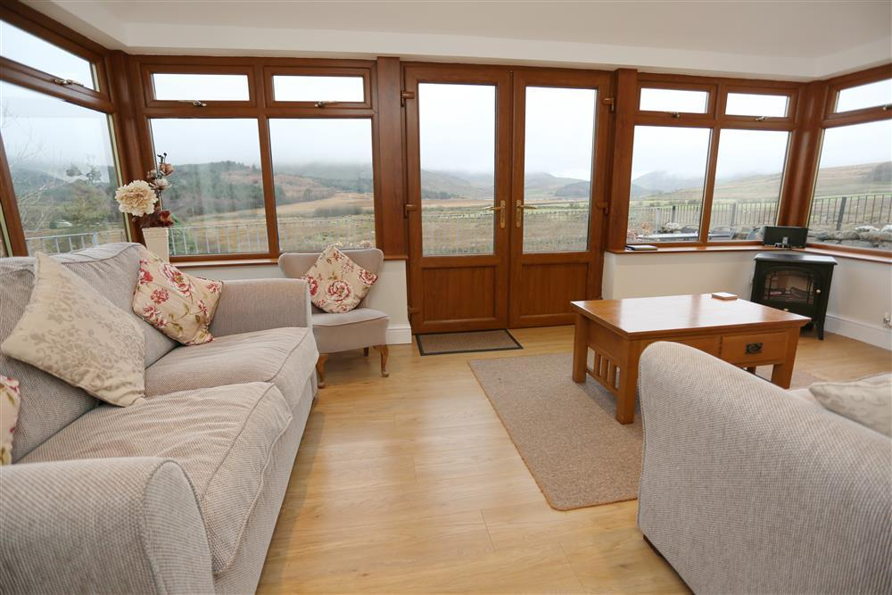 Large conservatory to enjoy the views