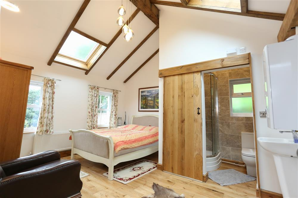 Double Bedrooms with en-suite shower room - Bedroom 1