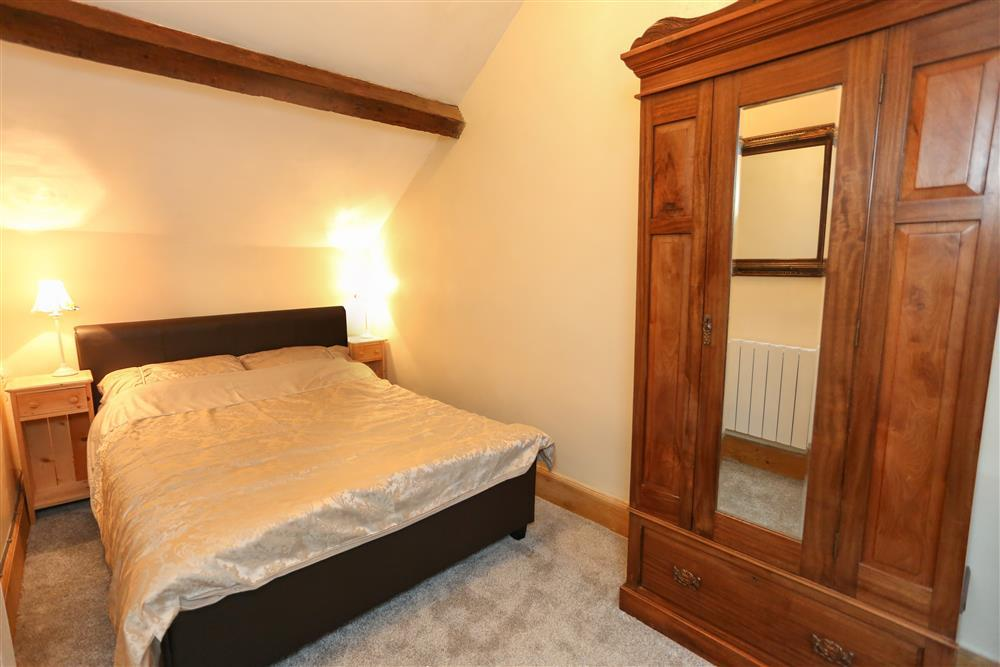 Upairs Double Bedrooms - Bedroom 2