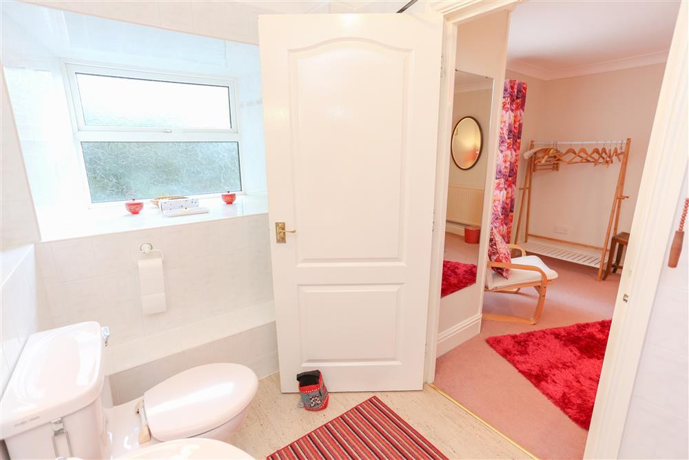 Double bedroom's en-suite
