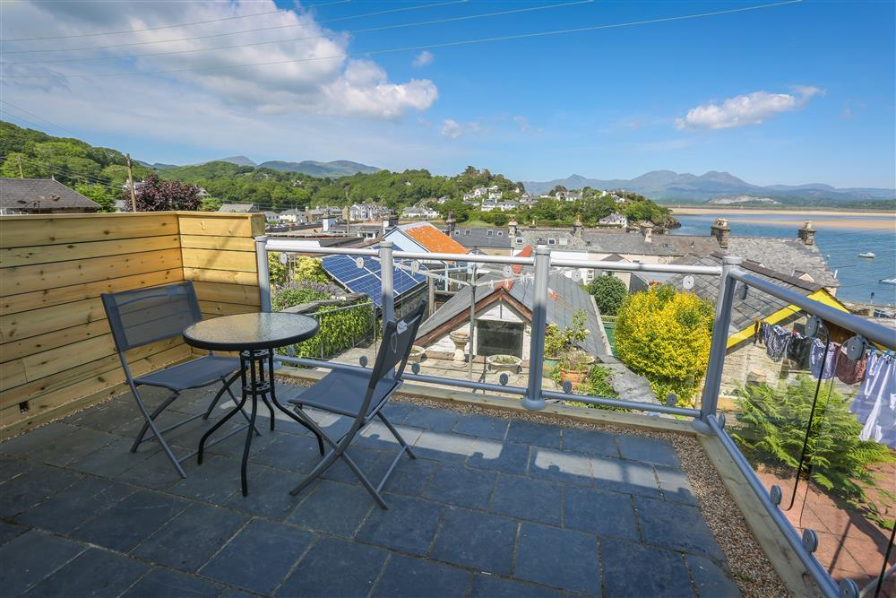 Decking area overlooking Borth y Gest bay