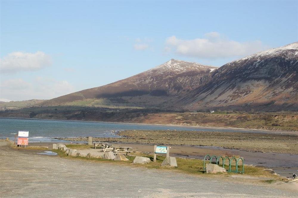 This is the car park area for Trefor Beach, New Cottage is only 2 minutes drive away from here. The sea at low tide.