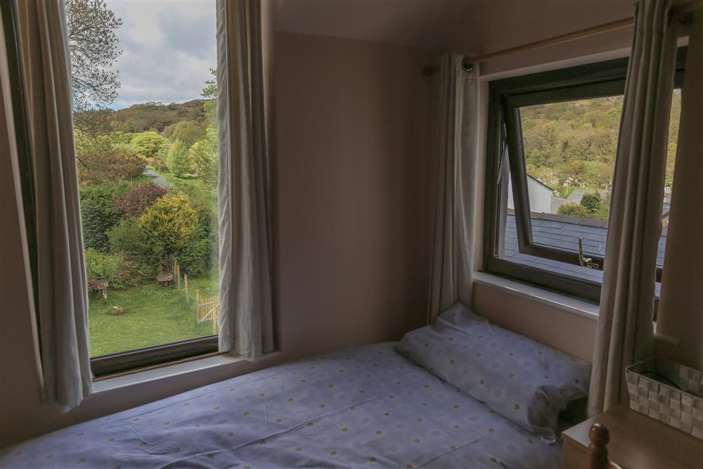 Bedroom 1: Lovely countryside views from the Kingsize and Single bedroom