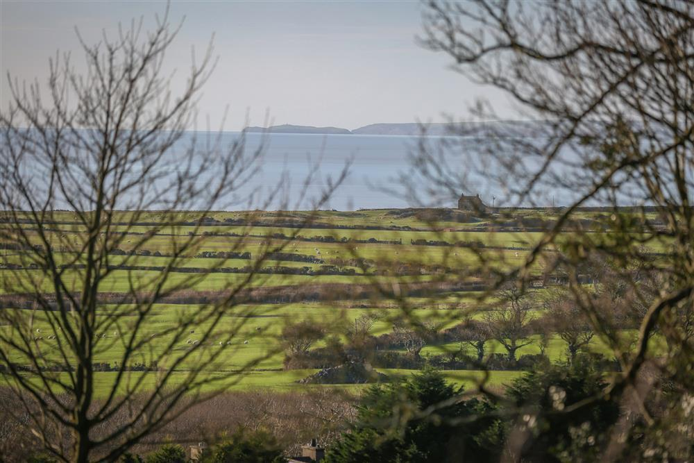 Close up photo of the view of the sea. The sea is only 1.2 miles away from Min y Mor.