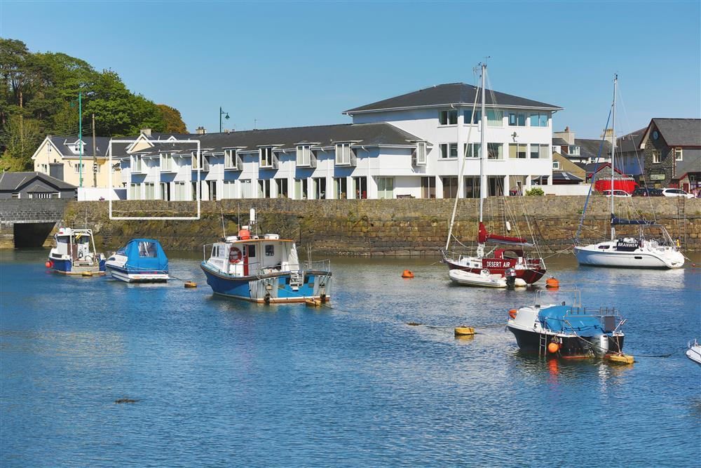 Executive Villa sits right on the harbour side in Porthmadog