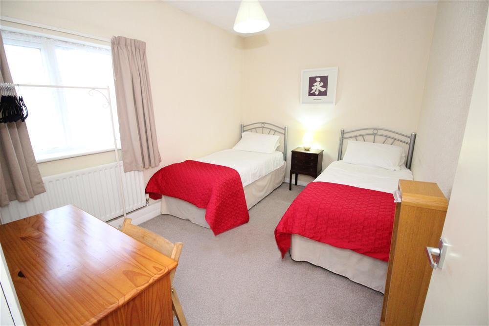 2135A Bedroom 2: two single beds (Ground Floor)