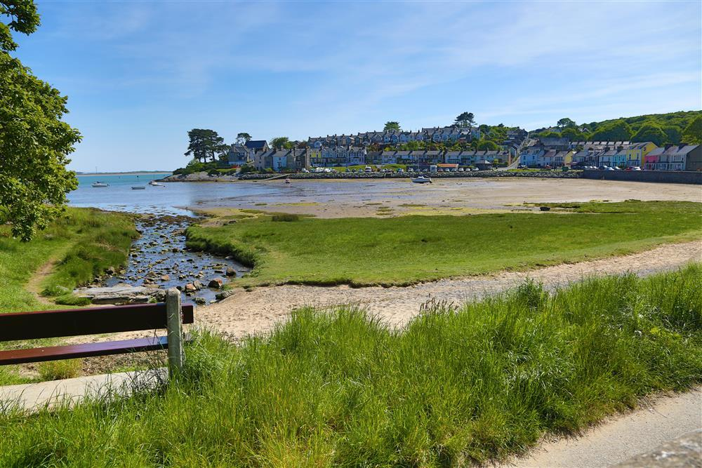 The village of Borth y Gest at low tide