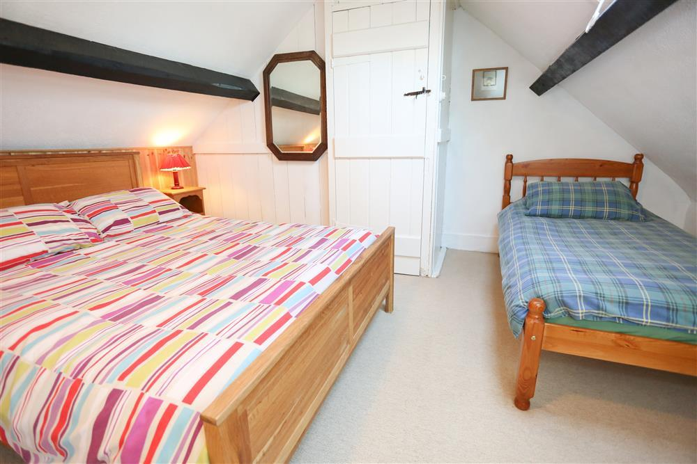 Bedroom 3: 1 double bed and 1 single bed (1st floor). To get to this bedroom you have to walk through bedroom 2.
