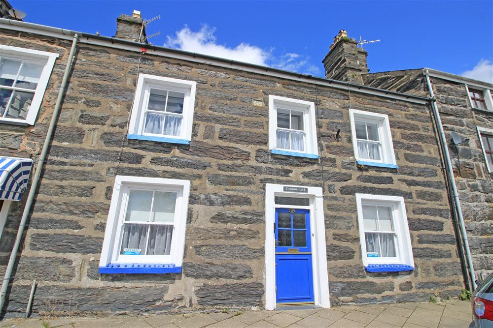 The front of Blue Anchor Cottage