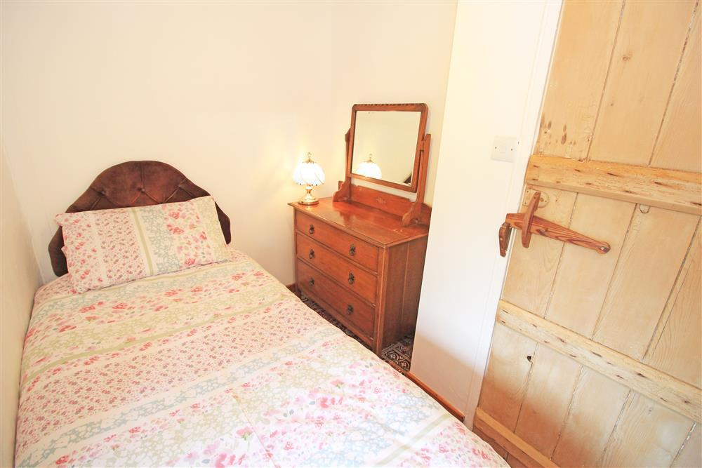 Bedroom 3: 1 single bed (1st Floor in the farmhouse)