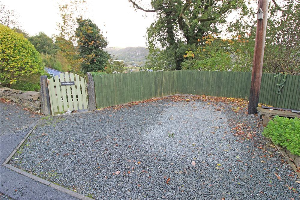 Parking area for 1 car next to the gate for Orchard Cottage