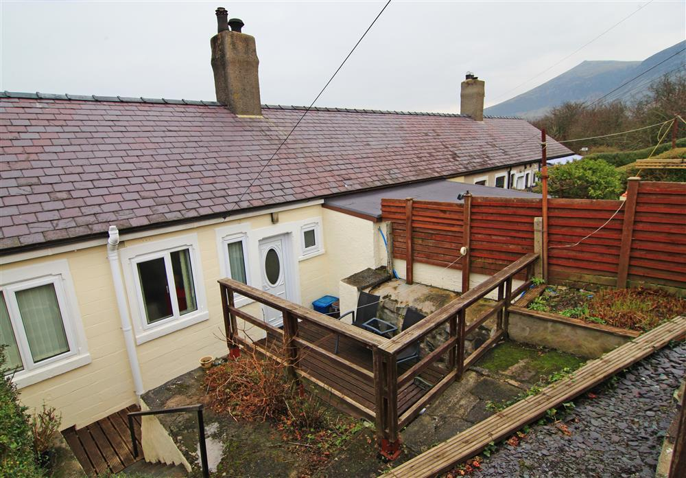Rear patio area and neighbouring mountains