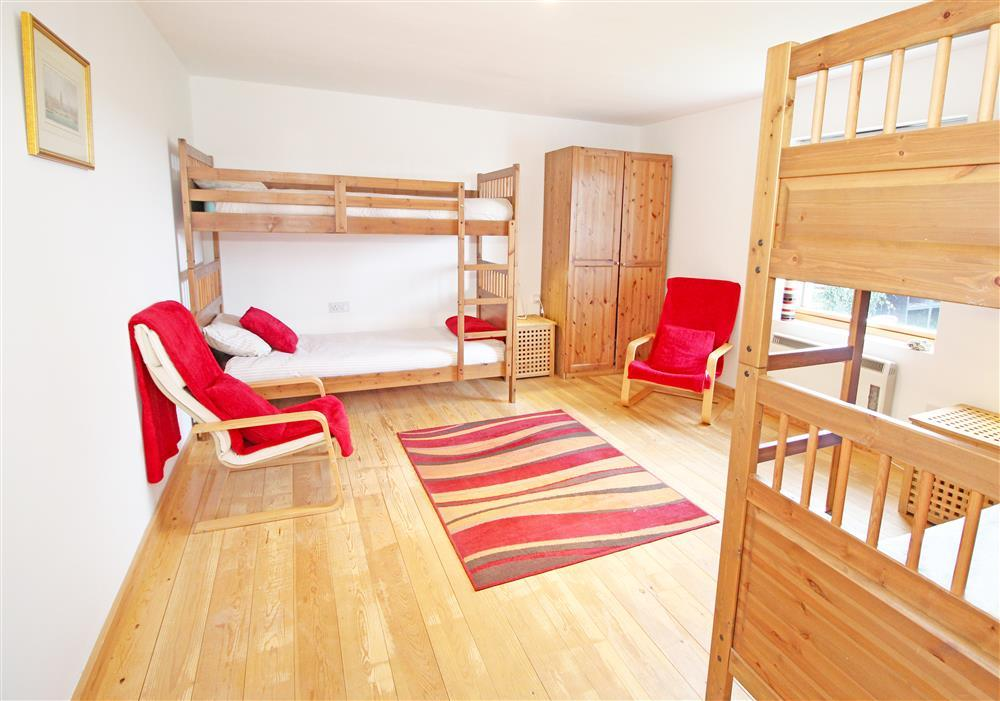 Bedroom 3: Two Bunk Beds Bedroom (Sleeps 4) - Ground Floor