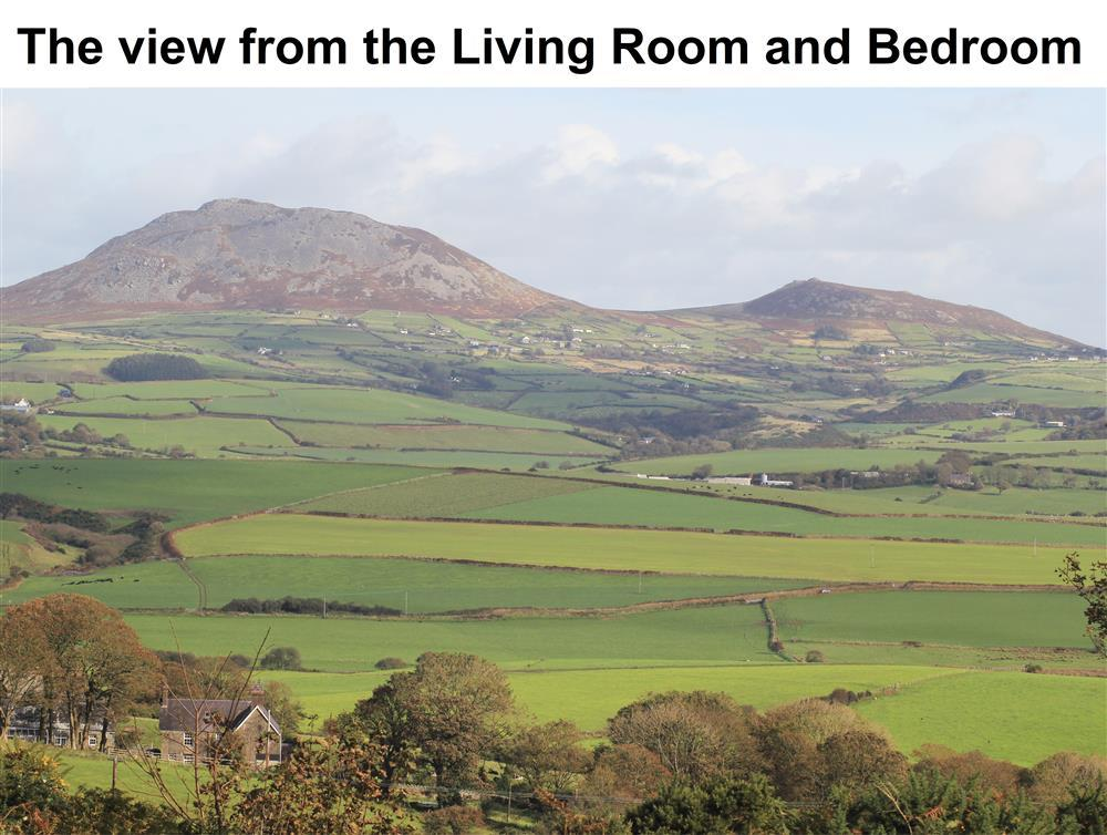 Moonlight Cottage near Aberdaron with views of Garn Fadryn and Garn Bach mountain