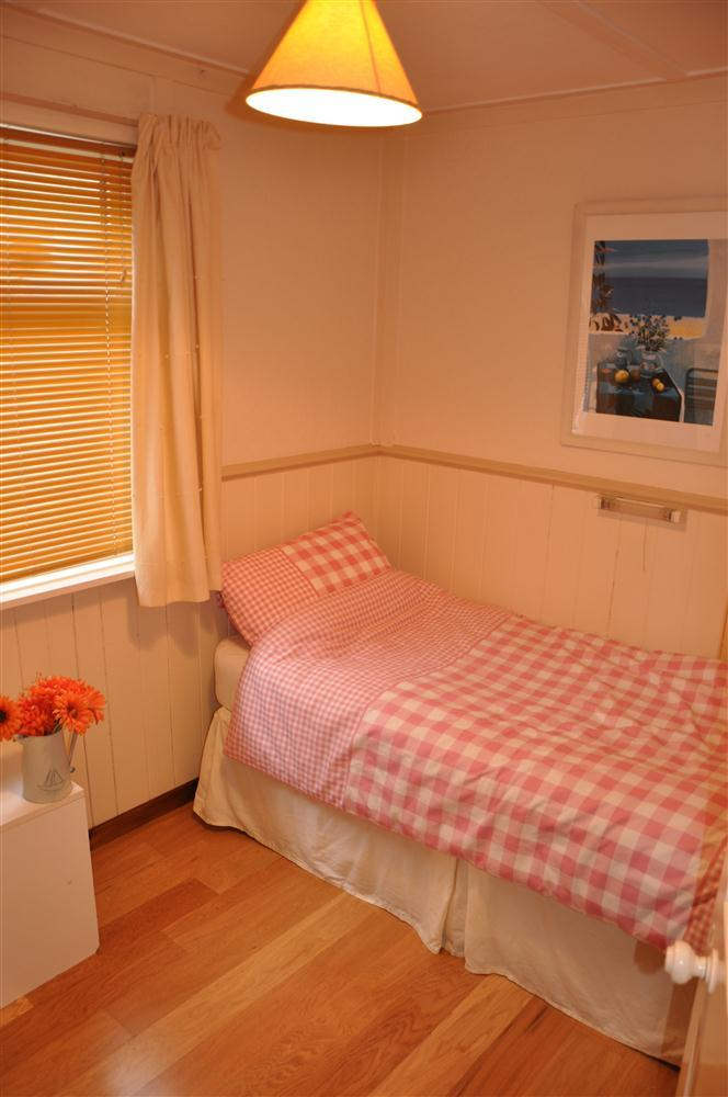 Single Bedroom