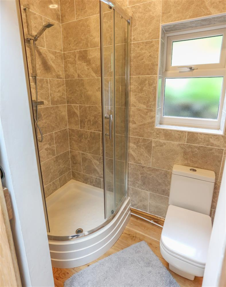 The en-suite shower room for the Double Bedroom